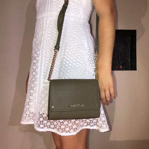 d26504defb3b Michael Kors Bags | Hayes Small Crossbody Clutch | Poshmark